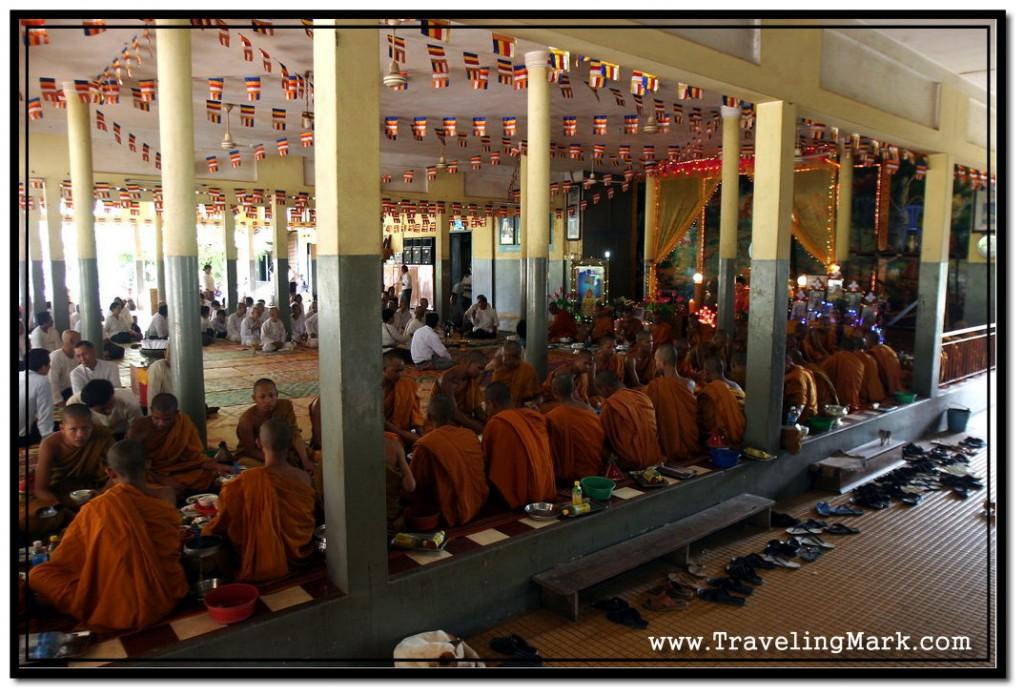 Photo: Mass Prayer at Wat Damnak Vihara