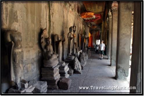 Photo: Hall of the Thousand Buddhas