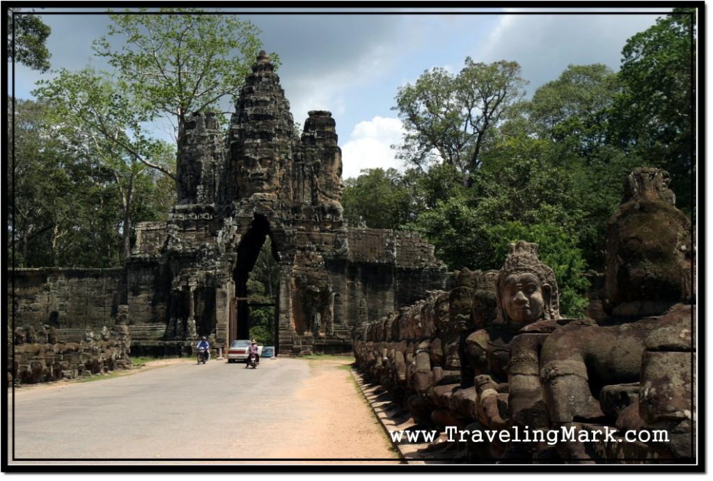 Photo: Angkor Thom South Gate
