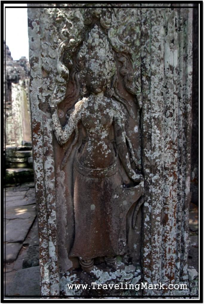 Photo: Apsara Carving on a Pillar at Bayon Temple
