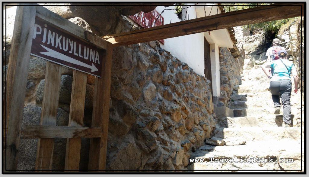 Photo: Pinkuylluna Hill Entrance Gate